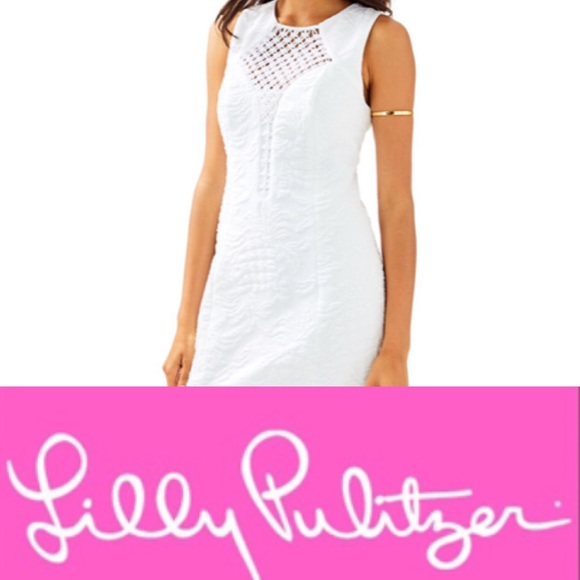718a1df169bbe6 Lilly Pulitzer Dresses & Skirts - Lilly Pulitzer Keali stretch pineapple shift  dress